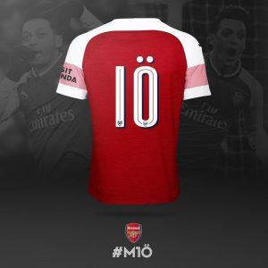 Mesut Özil apewa jezi namba 10